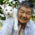 Misao the Big Mama and Fukumaru the Cat