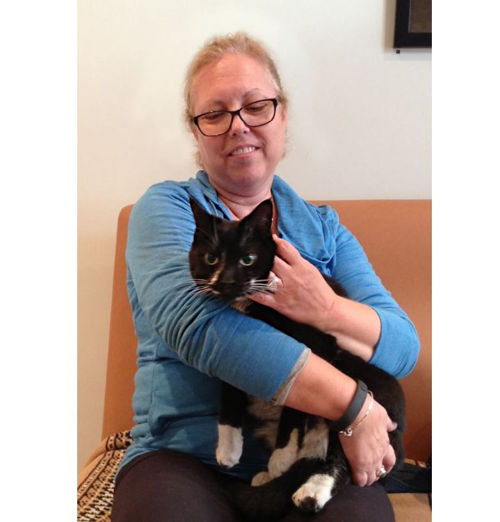 Lightning, Cat Lost at Winnipeg Airport is Found