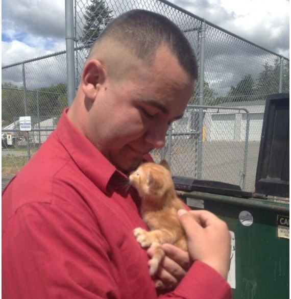Good Samaritan Rescues Kitten Tied into Plastic Bags from Dumpster