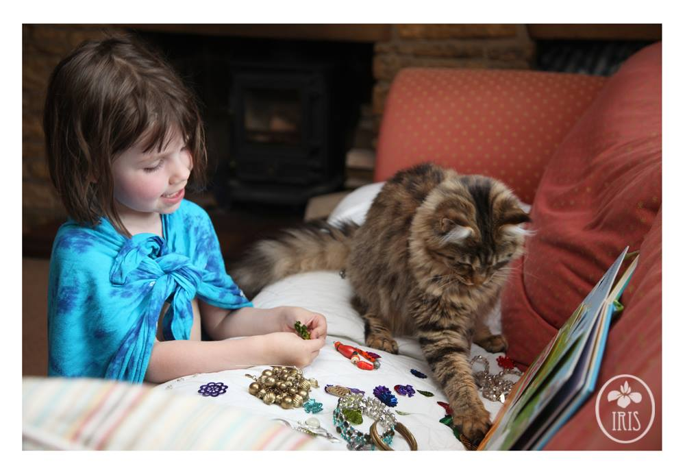 Precious Photos Show the Unparalleled Bond Between a Girl With Autism and Her Cat