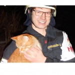 Jimmy the cat saves his family from house fire