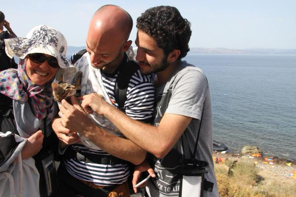 Syrian refugee family flees with their beloved kitten