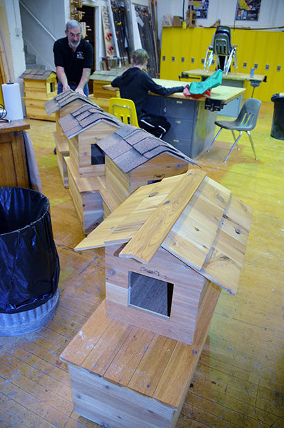 High School Students Build Shelters for Cats